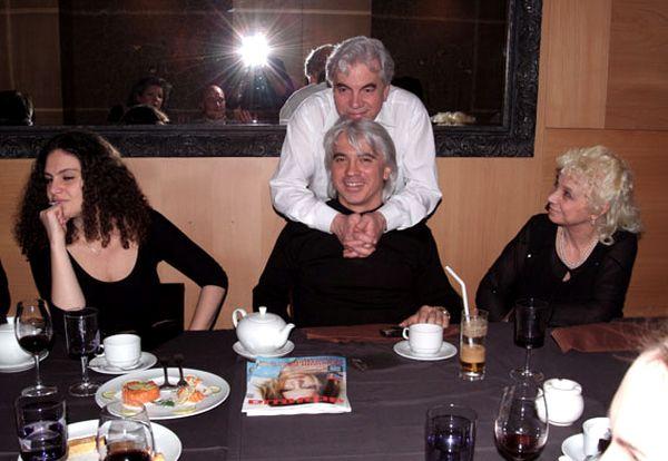 Дмитрий и Флоранс с родителями