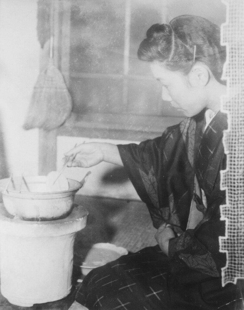 Woman Cooking, Fukuoka, Dec 20, 1945