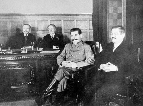 Пьер Лаваль и Иосиф Сталин,1935