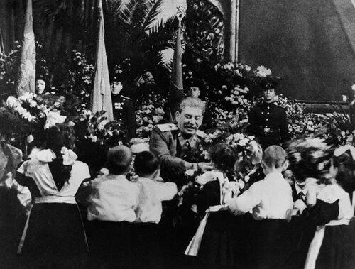 Семидесятилетие Сталина, 1949
