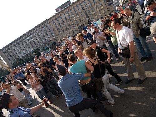 Разгон митинга в поддержку 31-й статьи Конституции, Триумфальная площадь