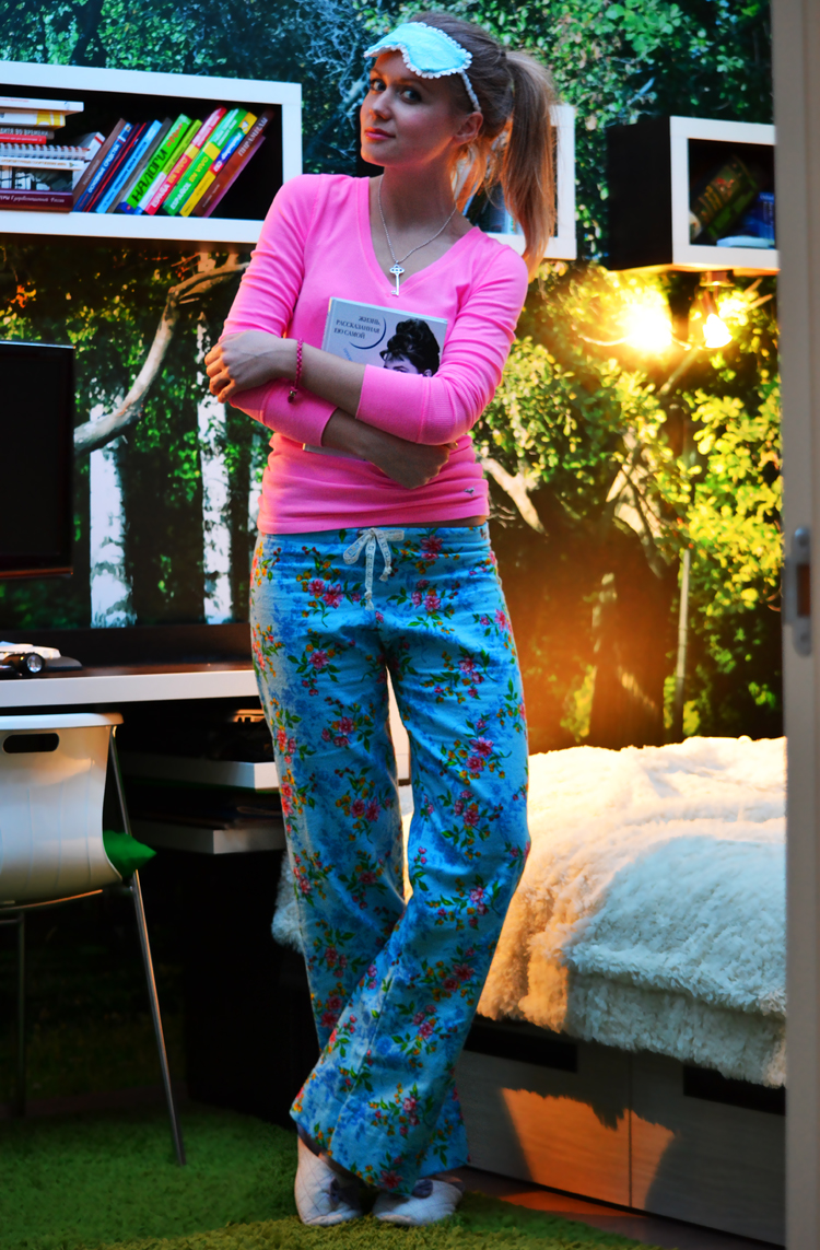 inspiration, streetstyle, spring outfit, moscow fashion week, annamidday, top fashion blogger, top russian fashion blogger, фэшн блогер, русский блогер, известный блогер, топовый блогер, russian bloger, top russian blogger, streetfashion, russian fashion blogger, blogger, fashion, style, fashionista, модный блогер, российский блогер, ТОП блогер, ootd, lookoftheday, look, популярный блогер, российский модный блогер, russian girl, winter outfit, как одеться зимой, красивая девушка, русская девушка, как сшить пижамные штаны, сшить повязку на голову, сшить пижаму самостоятельно, мастер-класс по пошиву, сшить маску для сна