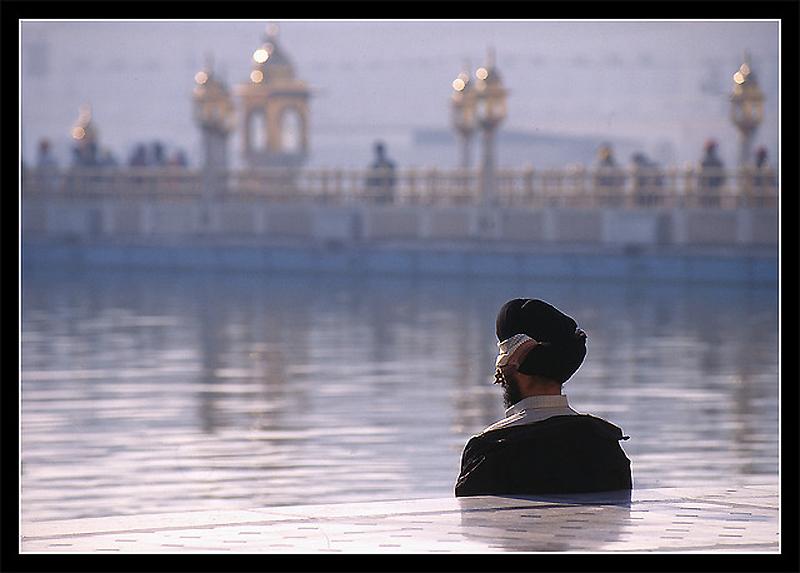 20. Безмолвная молитва, Амритсар, Индия.