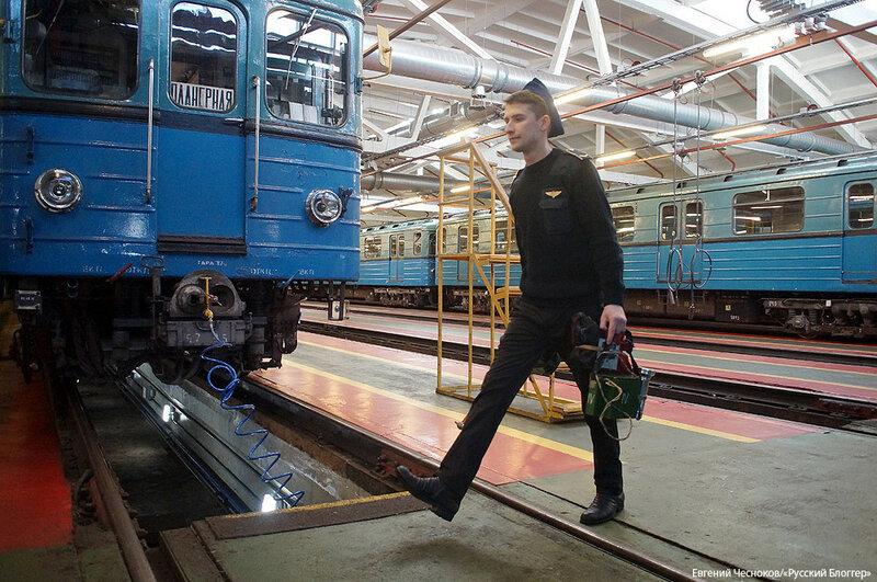 Зима. Депо Выхино. Поезд. 06.02.16.16..jpg