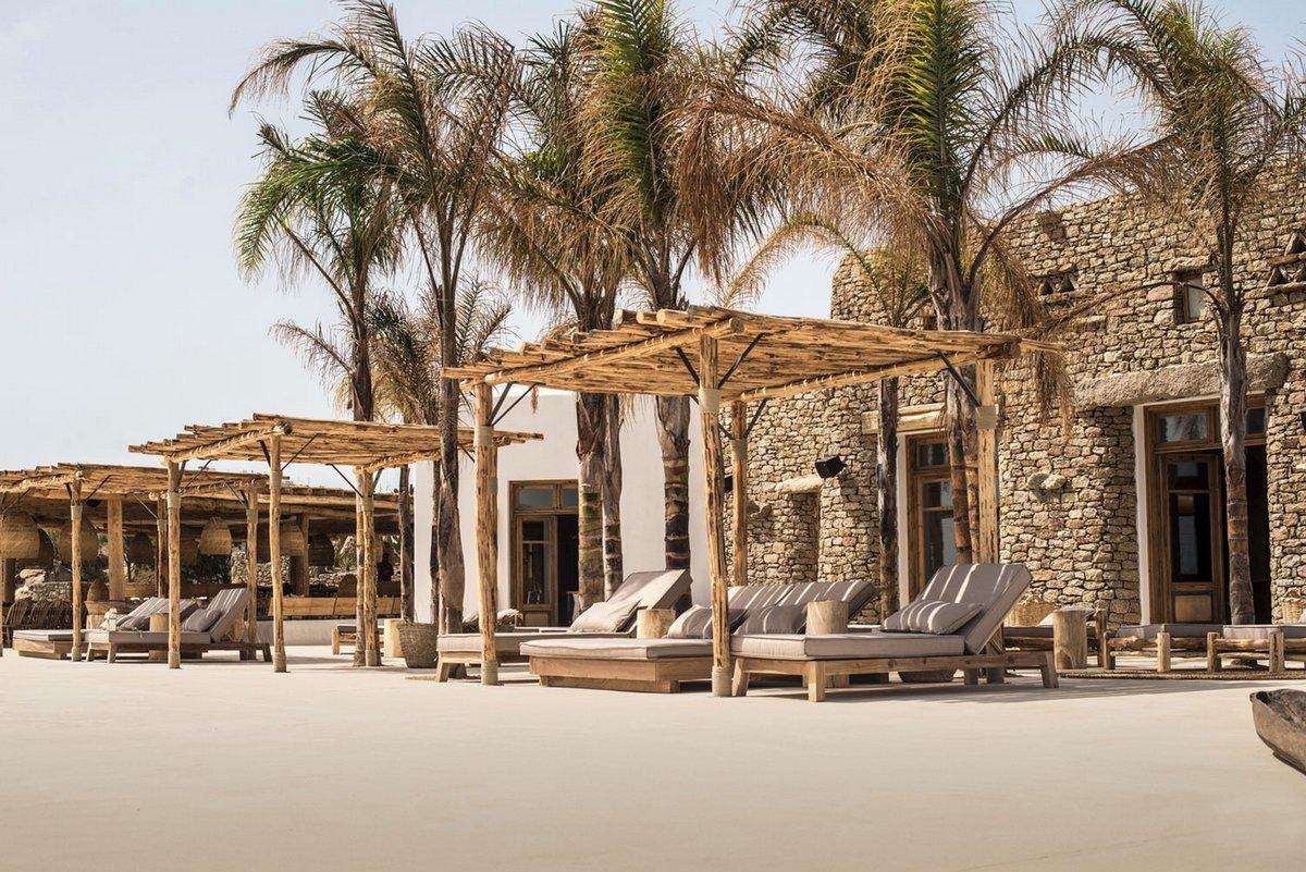 Lambs&Lions, отели в Греции, отели на острове Миконос, Scorpios, лучшие отели мира, обзоры лучших отелей, обзоры отелей, необычные отели