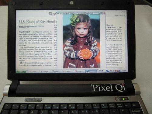 Ноутбук с гибридным экраном от pixel Qi в режиме цветного изображения