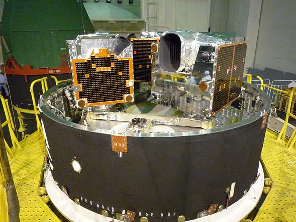 Запуск пяти космических аппаратов RapidEye ракетой-носителем «Днепр». Платформа B загружена © SSTL