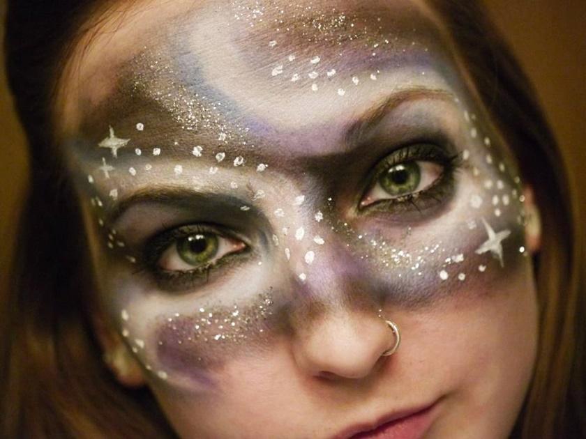 Девушка потрясающе меняет свое лицо с помощью макияжа 0 142259 a9c857f7 orig