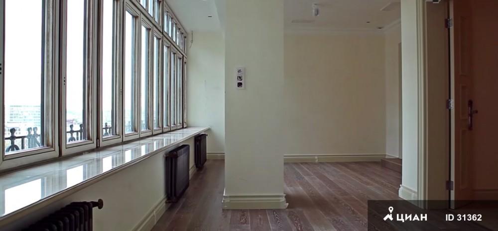 Впрочем, владельцы квартиры готовы адаптировать ремонт под арендатора за 2 месяца. Как говорится, лю