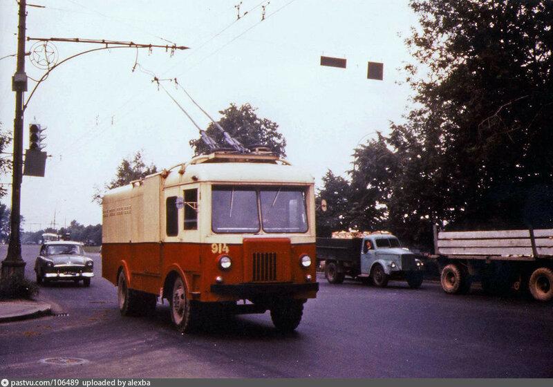 Троллейвоз. 1966...jpg