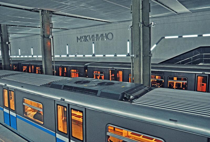 15 мая 2010 года Московский метрополитен отмечает свое 75-летие.  Фотографии московского метро в репортаже участников...