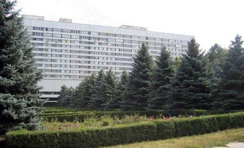 Слушания по делу об аренде в РКБ Кишинёва снова перенесли