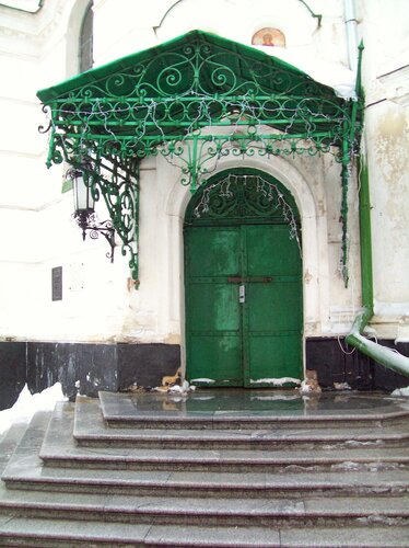 Дверь Трапезного храма