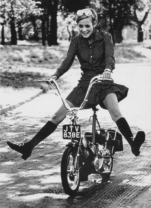 mini-1966-twiggy-moped