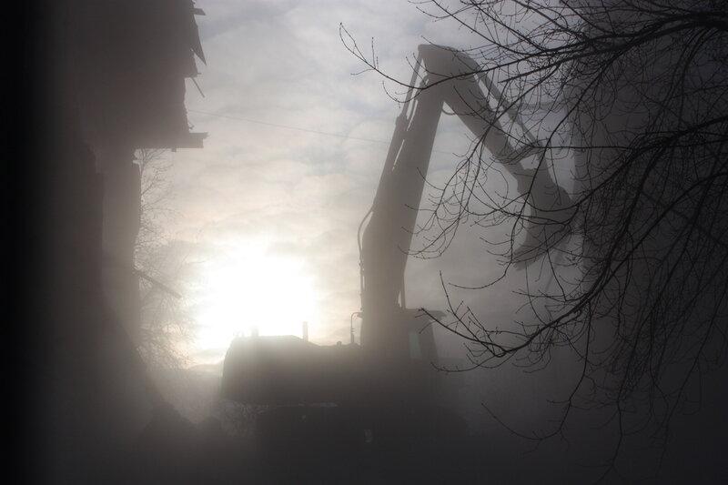 НЕОБЪЯВЛЕННАЯ ВОЙНА, Незаконный снос Техникума на Хитровской площади. Репортаж 5 января. Хитровка объявила SOS!!!!!!