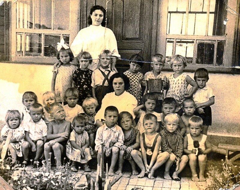 Детский сад в Покровке.Около 1965г.
