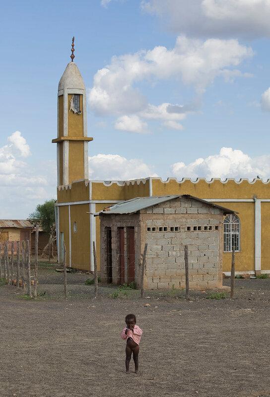 Девочка и мечеть