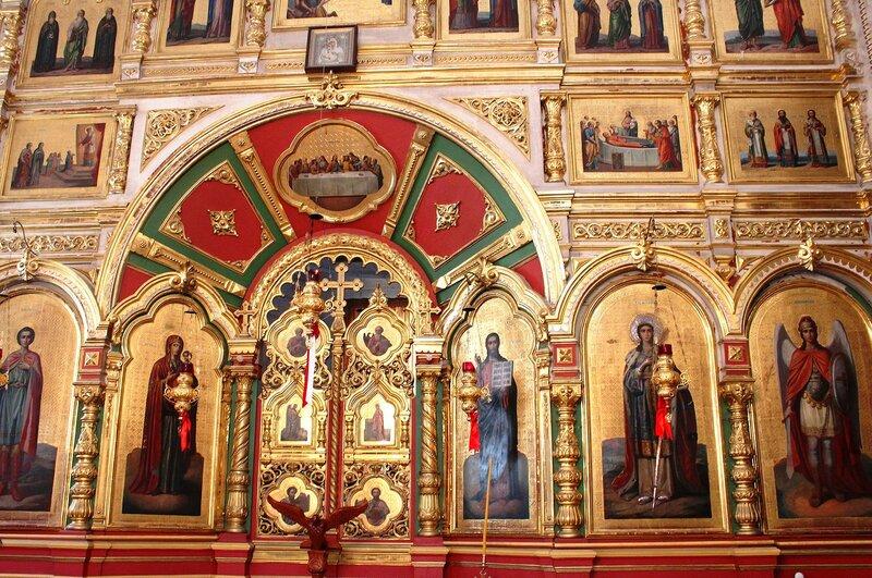 Иконостас  в  греко православной церкви святой  Екатерины
