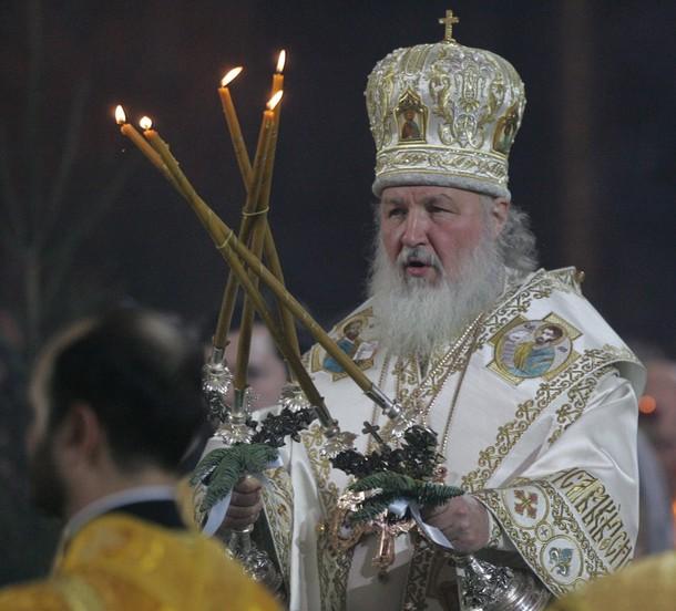 Святейший Патриарх Московский и всея Руси Кирилл провел Рождественское богослужение в храме Христа Спасителя в Москве в ночь с 6 на 7 января 2010 года.