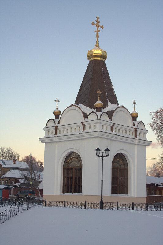http://img-fotki.yandex.ru/get/4104/xbankir.ce/0_33b29_22dfeb38_XL.jpg