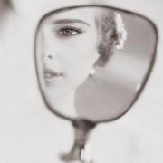 Примета дарить зеркало