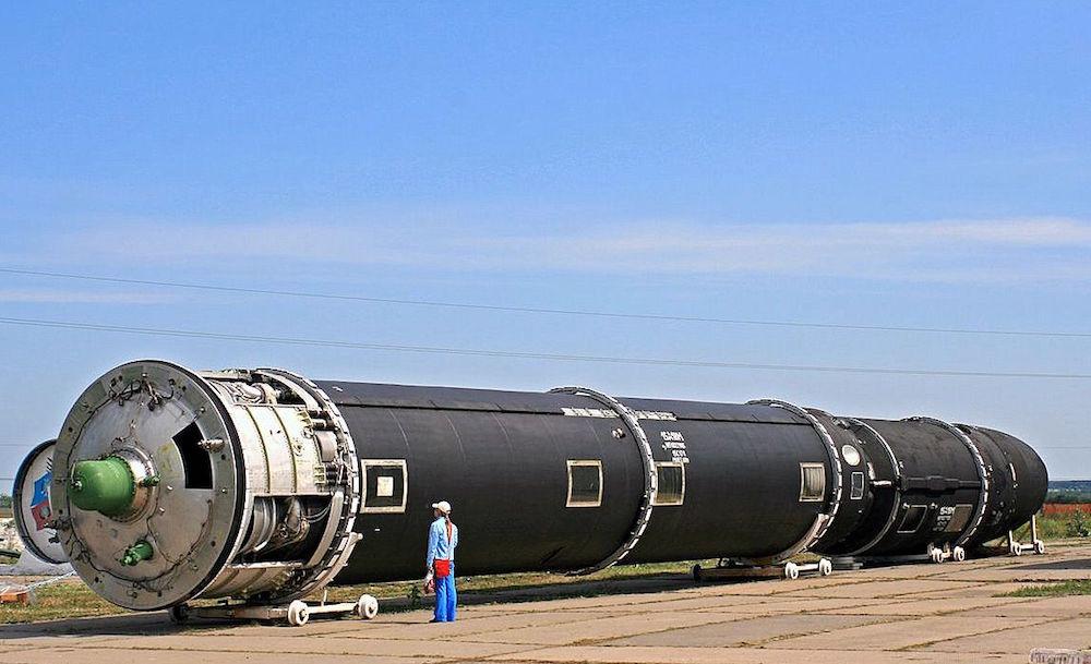 Эта ракета так же находится сейчас в разработке. По словам конструкторов, «Сармат» уже летает не по
