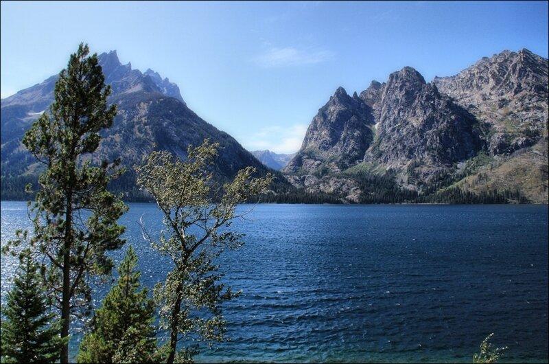 Древнее горное озеро Дженни...