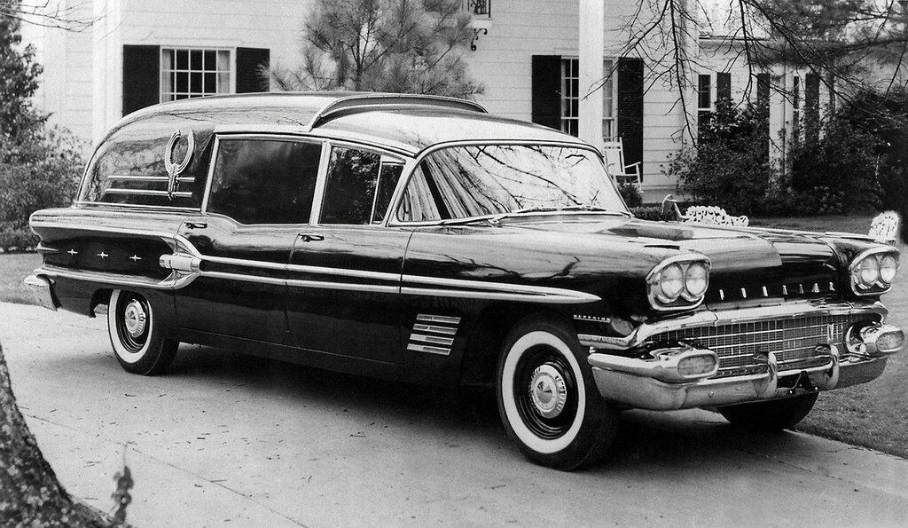 1958 Superior-Pontiac Service Car.jpg