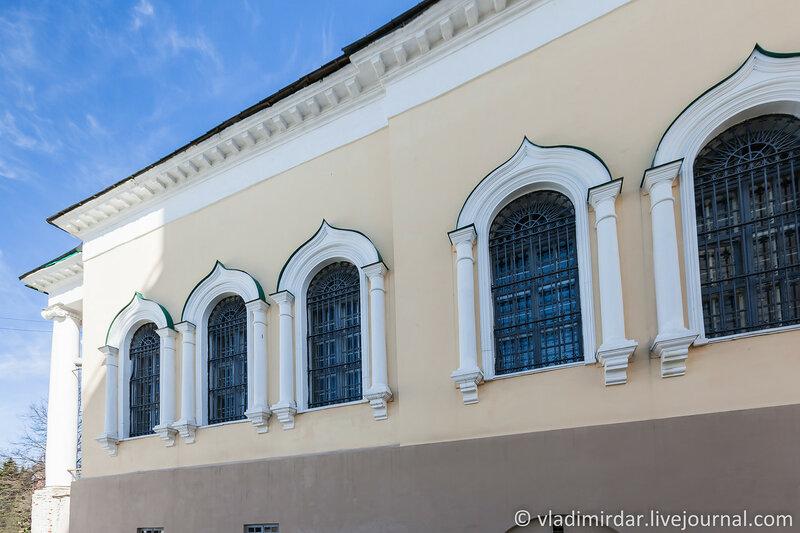 Церковь Ярославских Чудотворцев. Спасо-Преображенский монастырь. Ярославль.