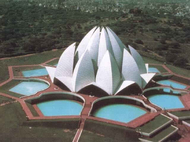 Храм Лотоса - индийское новое чудо.