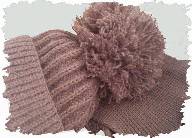Детские шапочка и шарфик-300 руб.