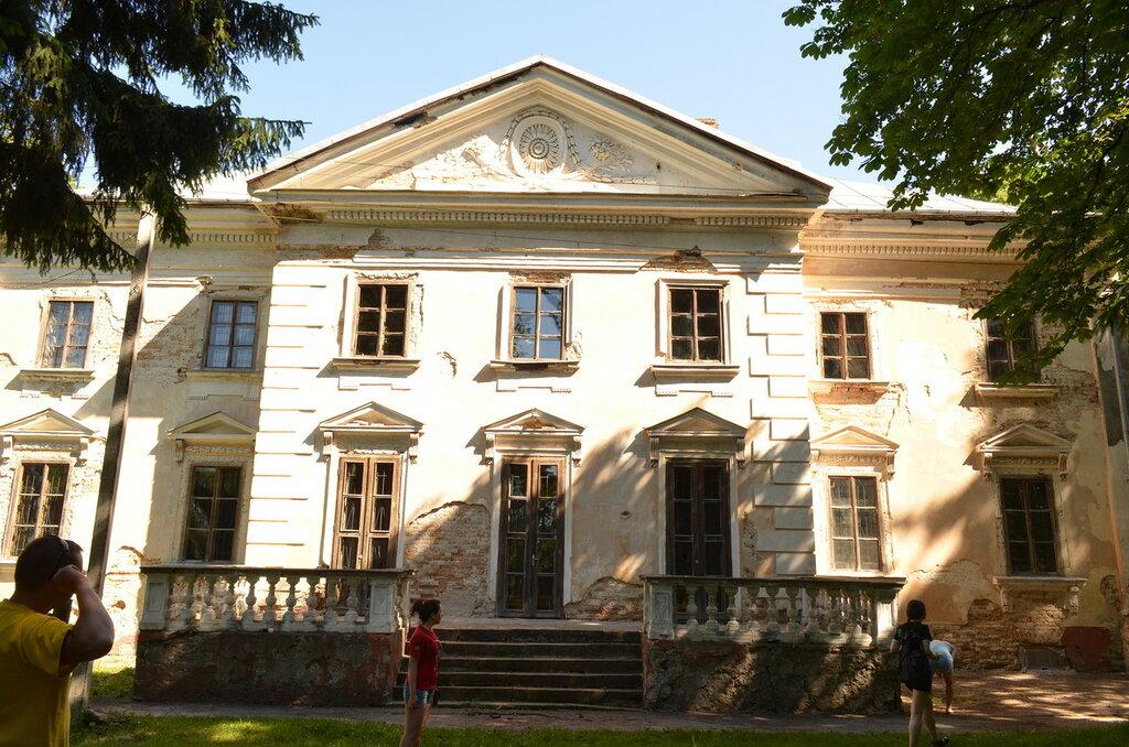 Млинов - дворец