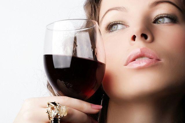 фото девушек с алкоголем