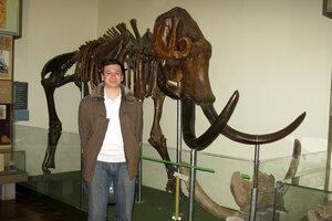 Яка ж екскурсія без музею? :-)