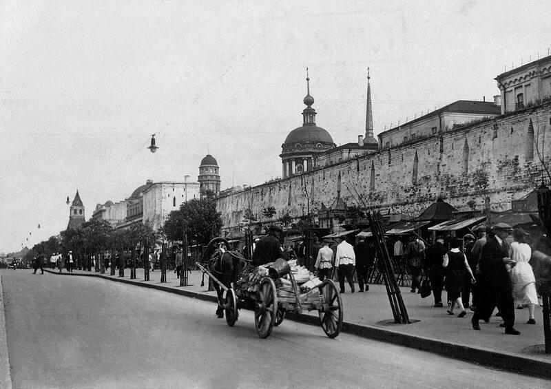 Вид стены в сторону Ильинских ворот