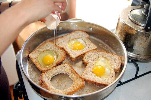 Рецепт завтрака из яиц с фото
