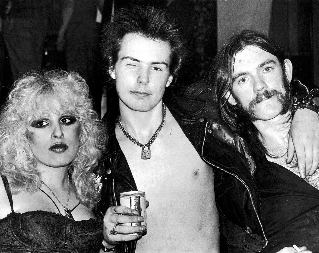 Нэнси Спанджен, Сид Вишес и Лемми Килмистер, США, 1977 год