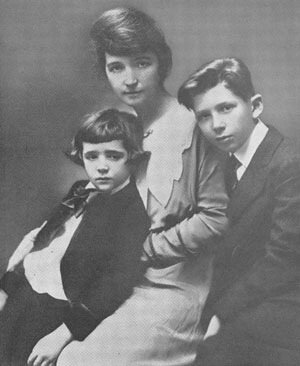 1916 photograph of Sanger and two of her children
