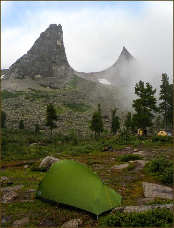 Палатка под Параболой