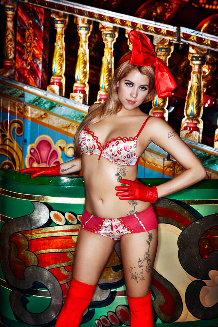 Peaches Geldof - Miss Ultimo осень-зима 2009