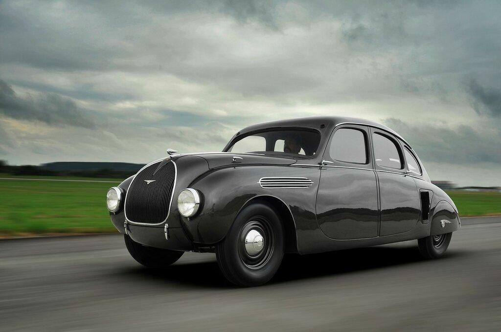 Skoda-has-restored-the-935-Dynamic-1.jpg