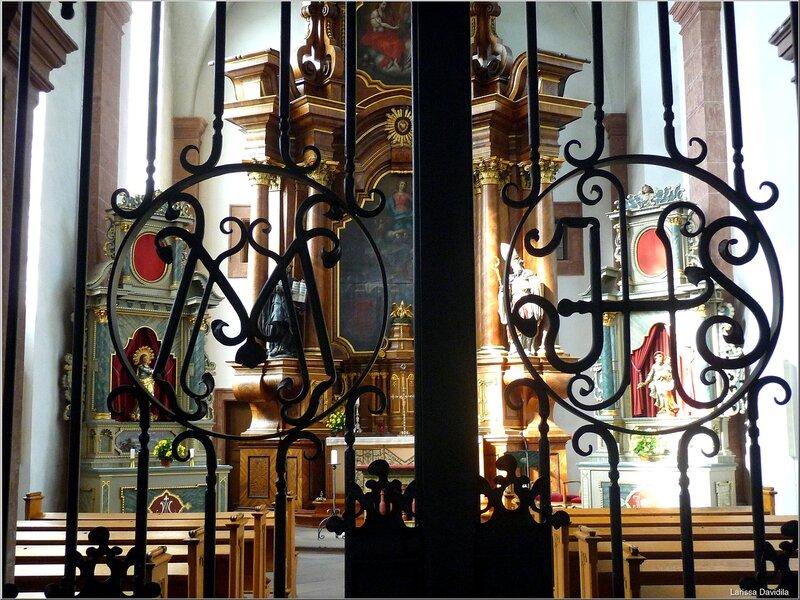 Одна из церквей Трира (2).