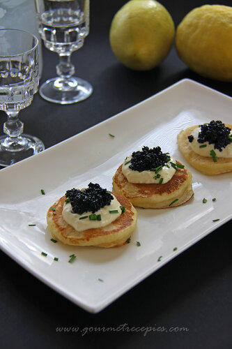 Image gallery mini blinis for How to prepare caviar