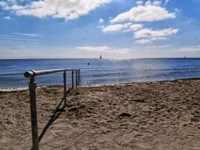 Самые популярные нудистские пляжи в мире 0 12d0d4 8427d7b4 orig