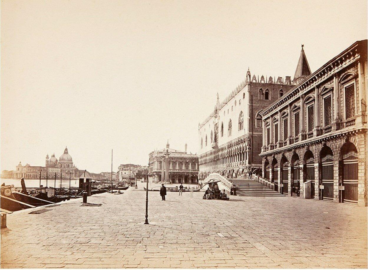 Площадь перед дворцом Дожей