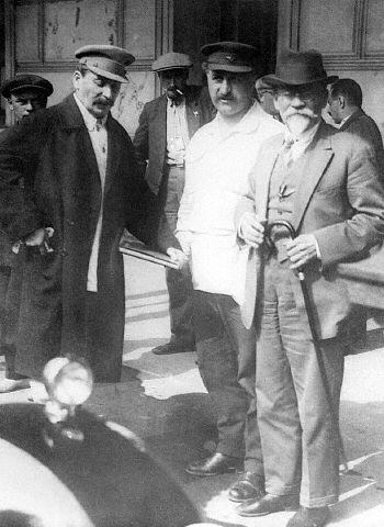 Сталин, Орджоникидзе, Калинин, 1930
