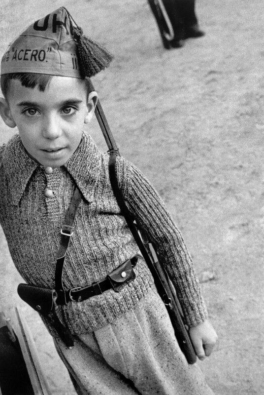 Robert Capa - военный фотограф