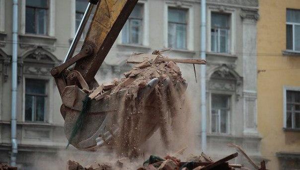 В Москве завершается демонтаж жилых пятиэтажек