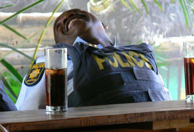 Подбираем имидж для российской полиции (10 фото)