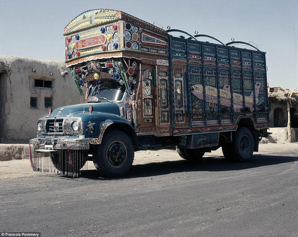 Украшенный грузовик, 1974 год.